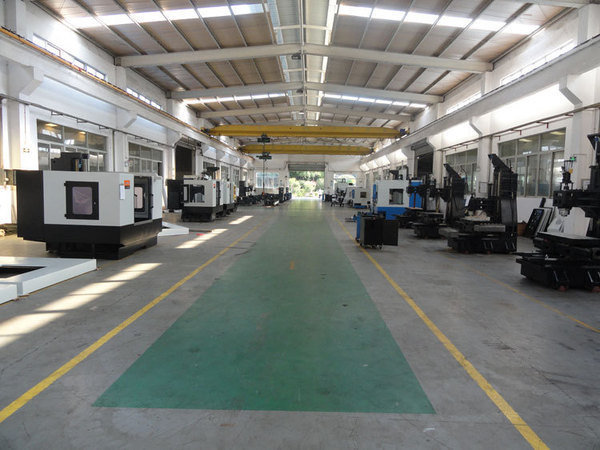 Cnc_machine_assembling_line1