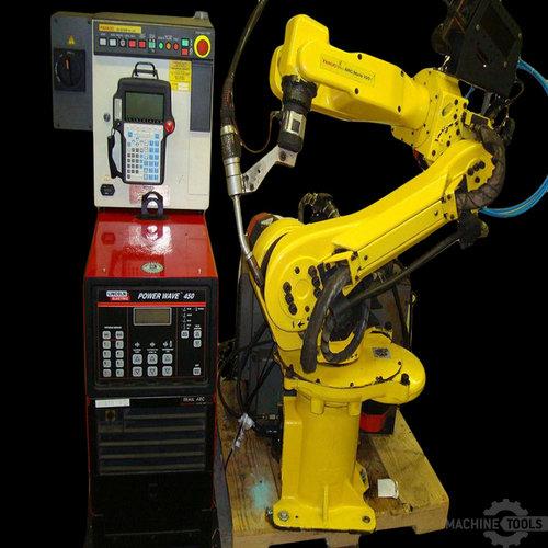 Fanuc_arcmate_100i_m6i_welding_robot_with