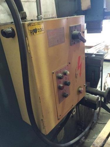110 ton amada rg 100 cnc press brake 2488 e