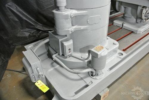 Carlton 5 x17 radial arm drill 3a3601  777 11