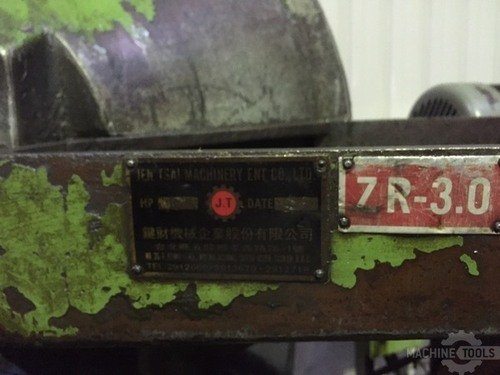 B1008002 chien tsai m10x150 thread rolling machine vibrator 1