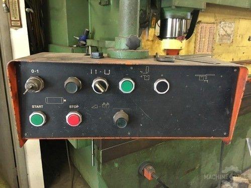 Used 12 x 135 ton atlantic press brake 3