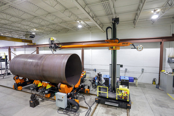 Column and boom weld manipulator with fit up system   cylindrical tank welding irco automation