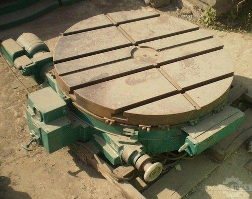 Rotary_table._900_x_900mm._cincinnati-gilbert._powered
