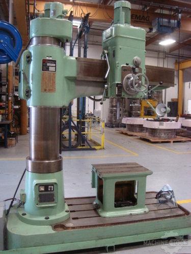 861_radial_drilling_machine