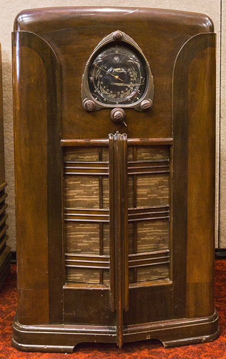 Sale radios zenith vintage for Stan's Antique