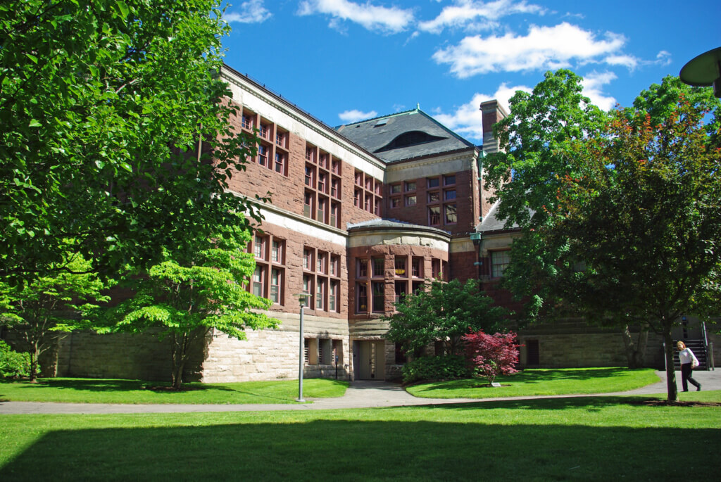 What is required to get into Harvard Law School?