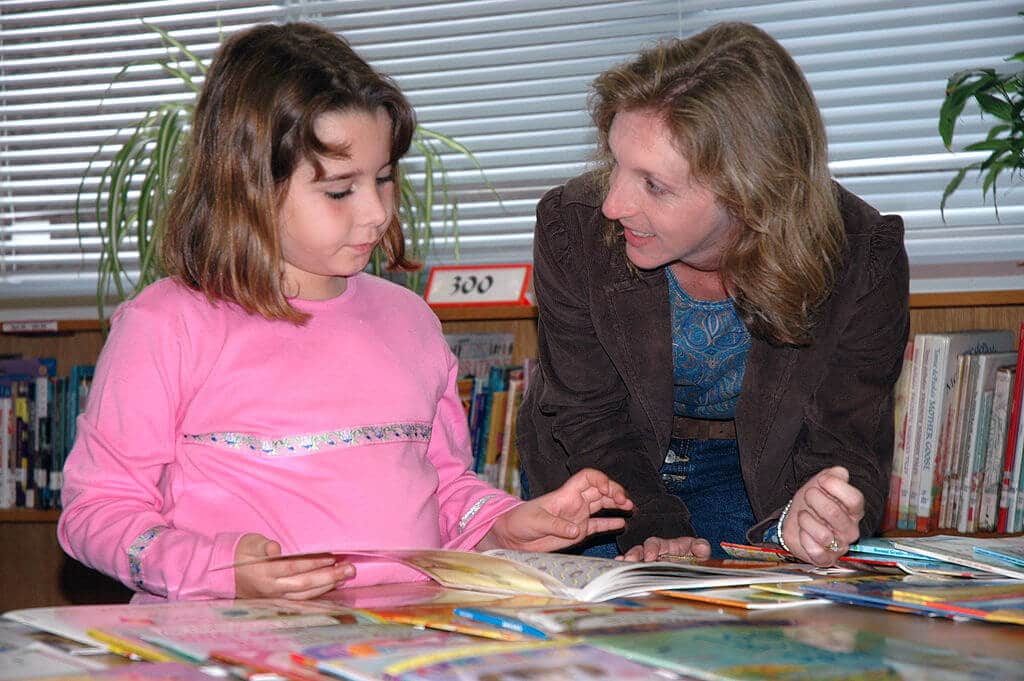 Reading specialists elementary school student