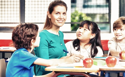 benefits of student teaching