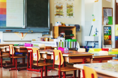 Classroom Decor Companies ~ Pros and cons of classroom seating arrangements