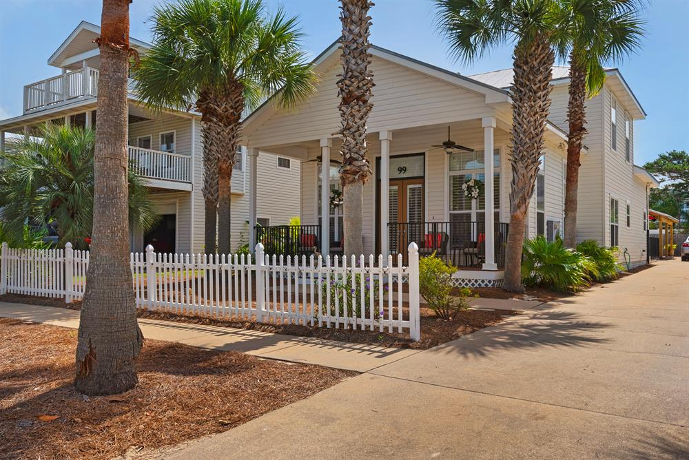 Book Spring 2020 Now! - Luxury Home & Guest House - 1 Block to Beach!