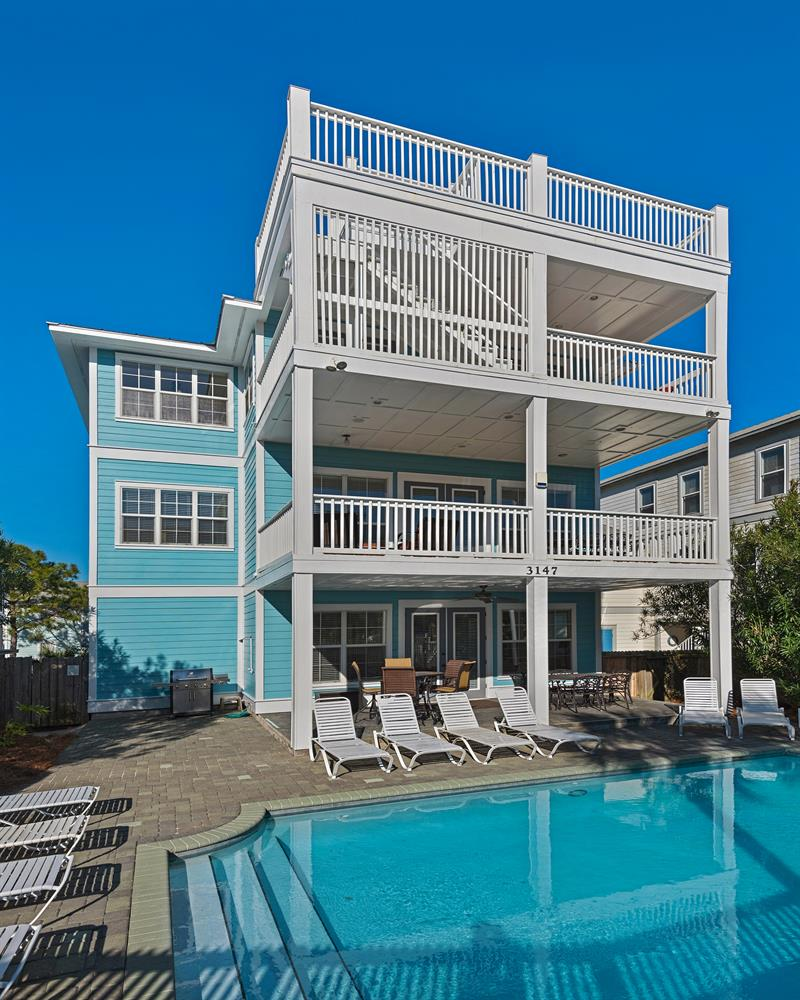 Private Beach - Large Private Pool+Golf Cart! Across from Beach. Dogs OK