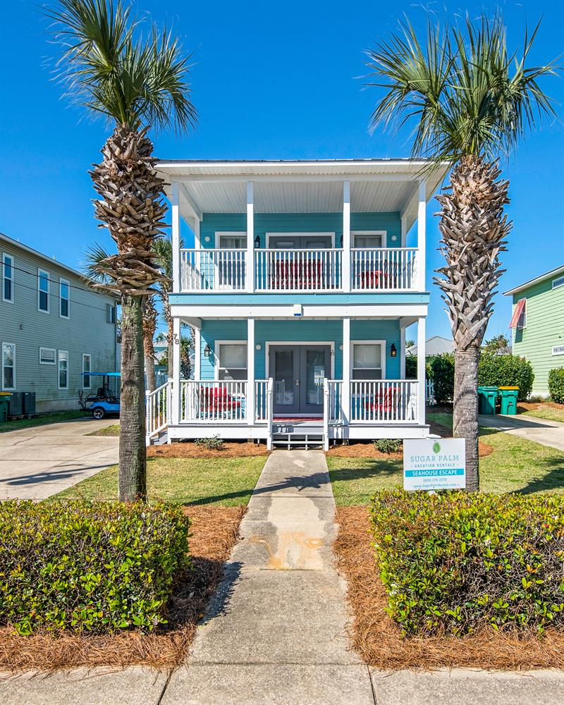 1/2 Block to Beach~ 4  KING Masters+ Huge Bunk Rm, Free Golf Cart, Private Pool