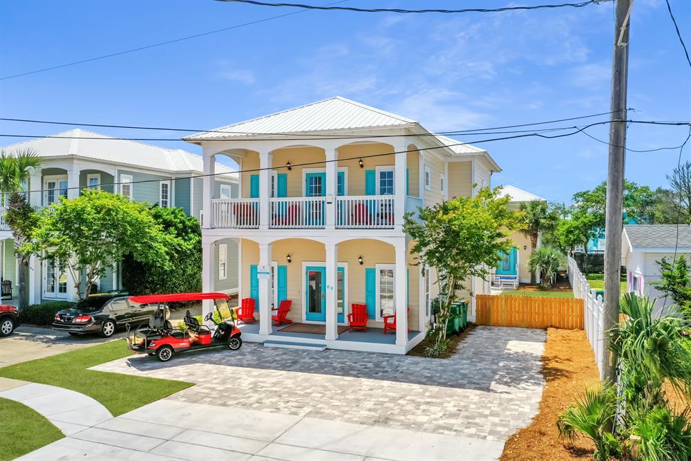 Private Beach!! Private Pool! Golf Cart! Basketball Goal! Luxury home sleeps 24