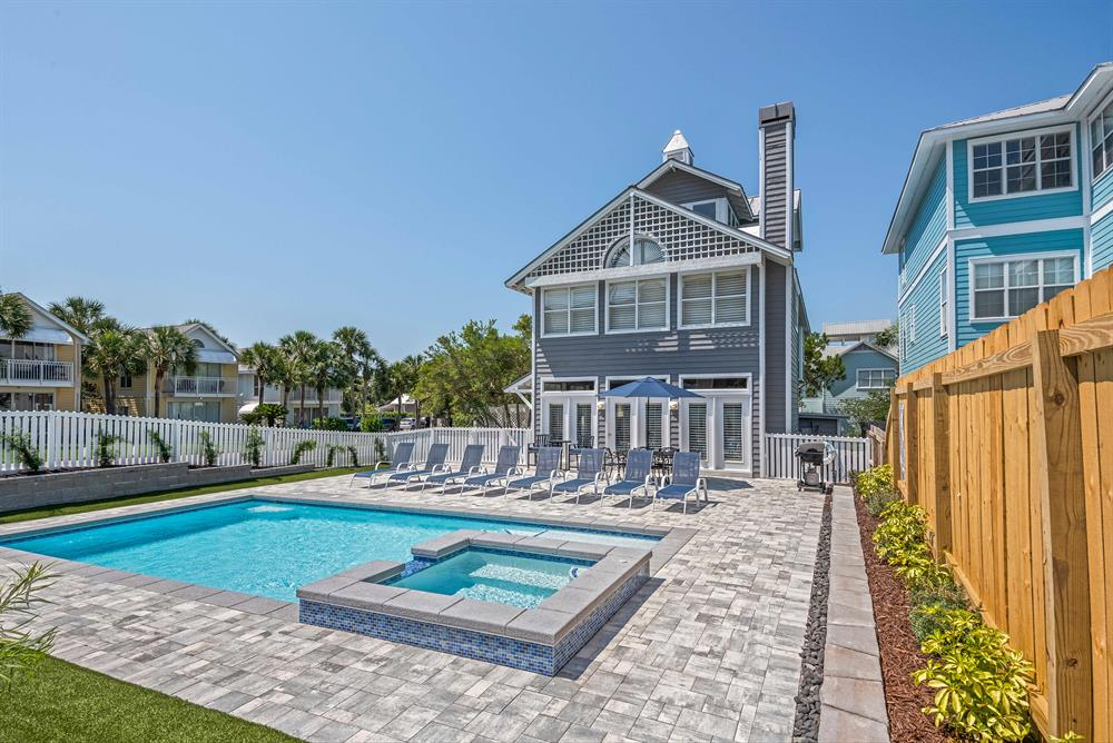 Private Beach! ~Book Spring 2020 Now! New Pool & Spa ~New Kitchen~ Golf Cart