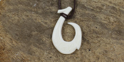 maori pendant - fish hook carved