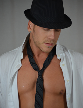 Male stripper Lacivious serving cleveland
