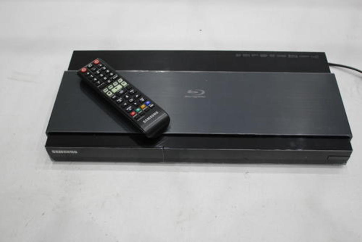 Samsung 3D-Blu-ray-Player BD-J7500 Ultra HD Upscaling WLAN Defekt ...