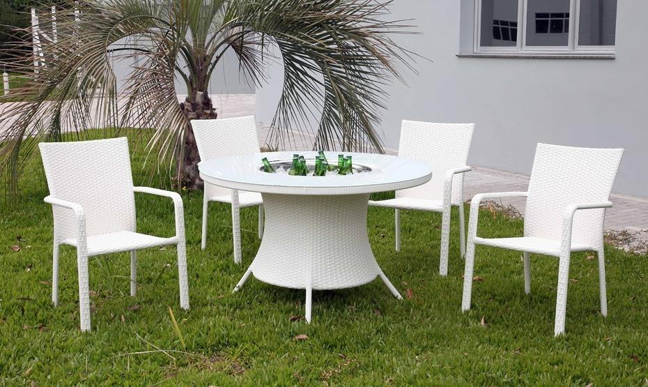 Jogo De Mesa para Área Externa com 4 Cadeiras e Balde para Bebidas - Framboesa