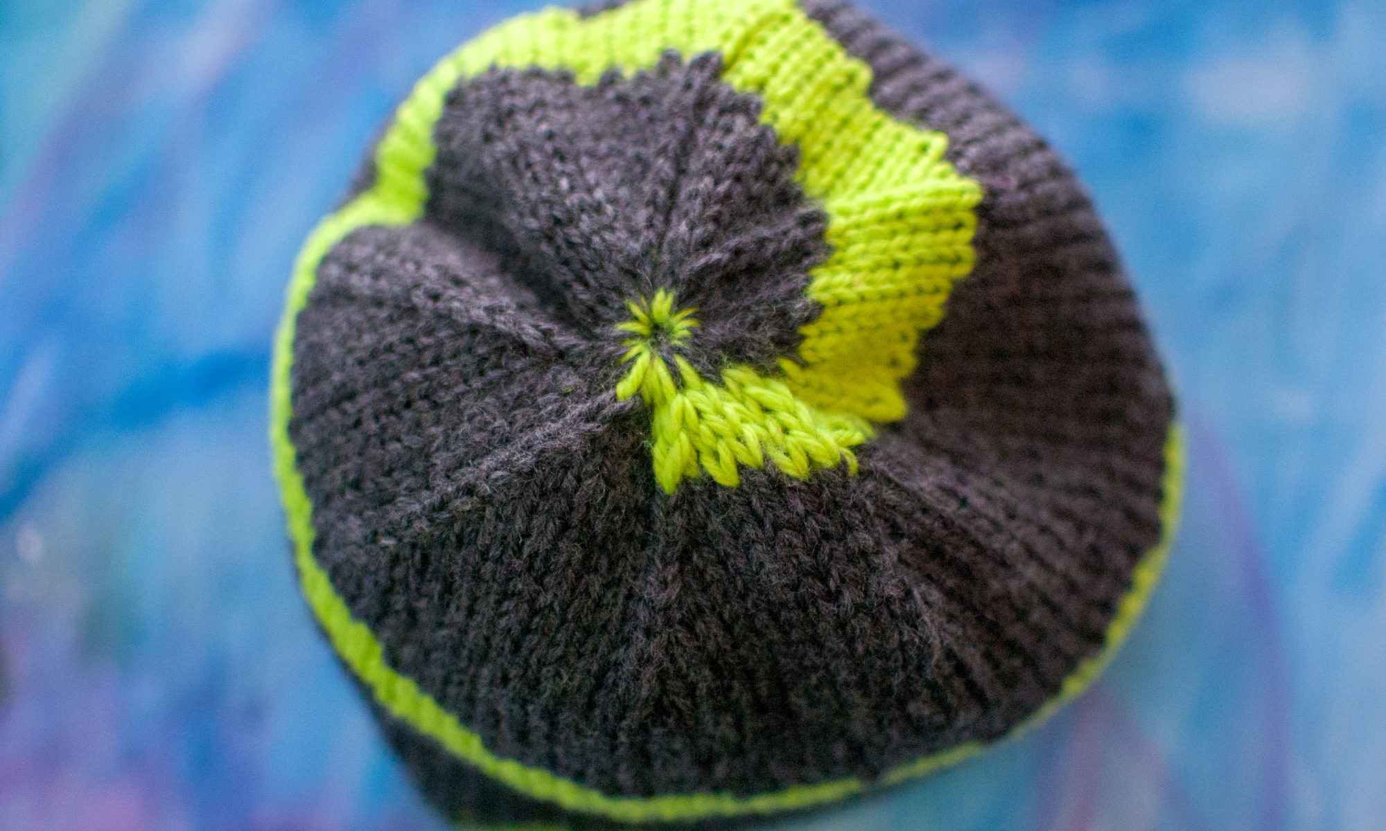 Witch Bolt - A Dungeons & Dragons-Inspired Double Knit Hat