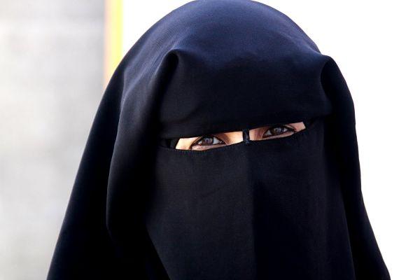 أريد أن أرتدي النقاب ولكن أهلي يرفضون؟