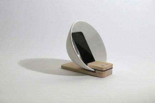 How to: Make a Modern DIY Acoustic Smartphone Amplifier ...