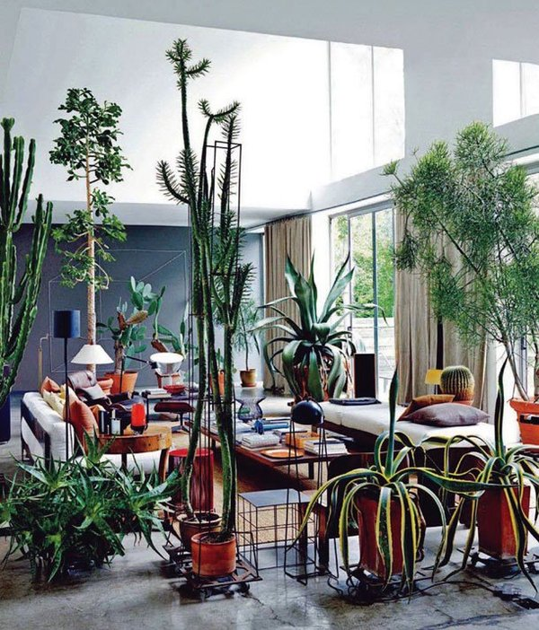 Inspiring Interiors - Maurizio Zucchi [http://www.yellowtrace.com.au/2011/07/25/home-of-maurizio-zucchi-italy/]