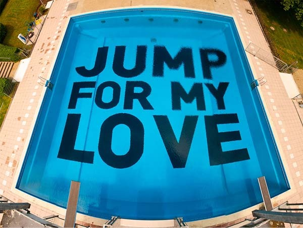 Jump for my love. Image credit: Ich Bin Kong [http://ichbinkong.de/project/jump-for-my-love.html]