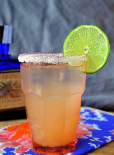 Paloma cocktail. Photo by K&K Test kitchen [http://www.kandktestkitchen.com/2013/03/the-paloma.html]