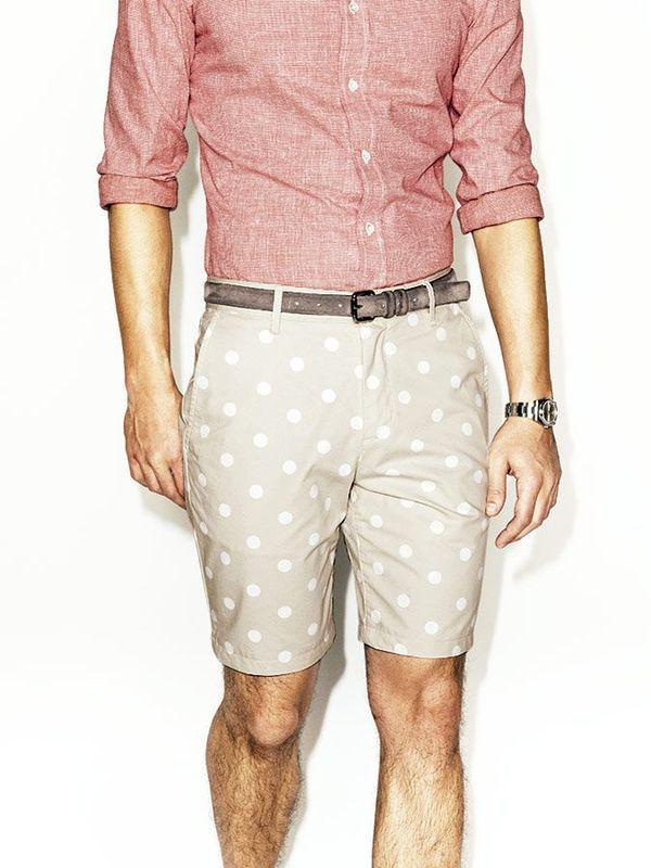 Photo via [http://www.gq.com.mx/galerias/los-mejores-shorts-para-vestir-en-el-verano/1078/image/28655]