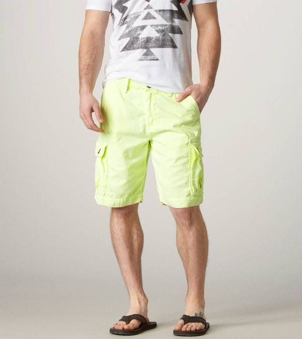 American Eagle shorts [http://www.ae.com/web/browse/product.jsp?productId=0131_5659_312&catId=cat6260174]