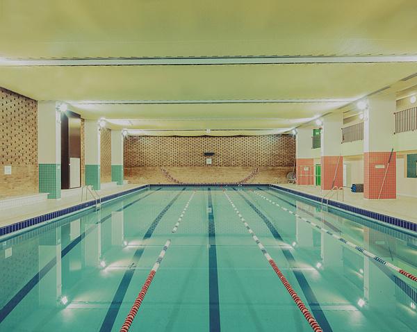 Swimming Pool photography by Franck Bohbot [http://www.franckbohbot.com/series/album/swimmingpool?p=1]
