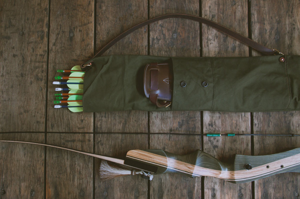 How to: Make a DIY Canvas and Leather Archer's Quiver ...  How to: Make a ...