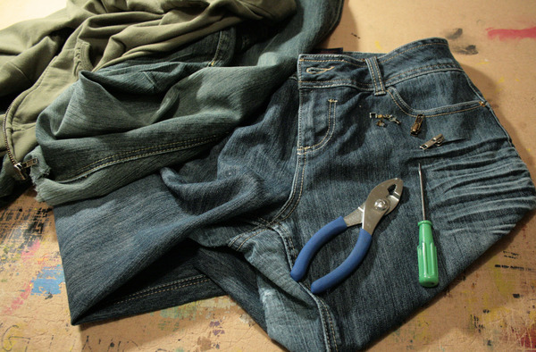 How to fix a zipper - tools you will need