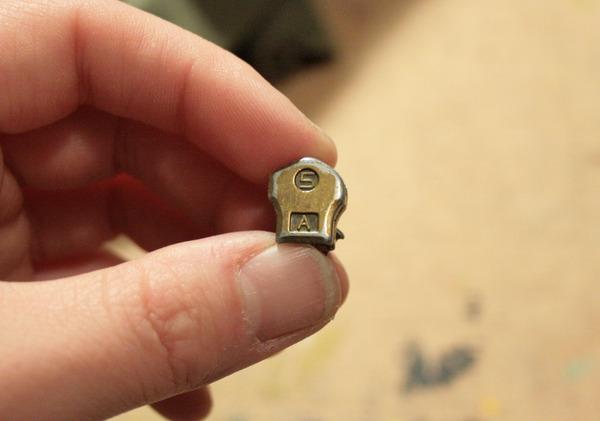 back of zipper with zipper size (#5)