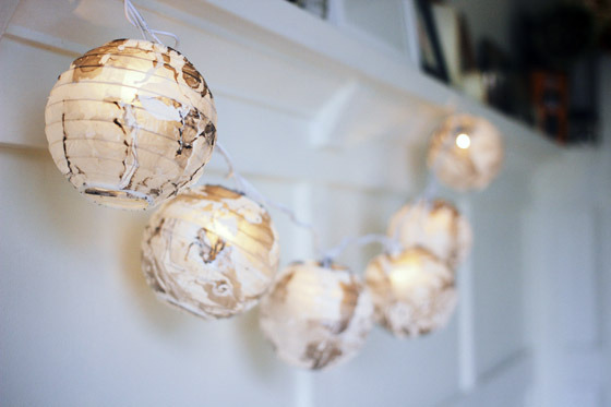 Marbled Christmas Lights DIY