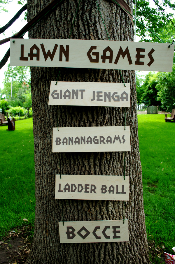 Lawn games signs