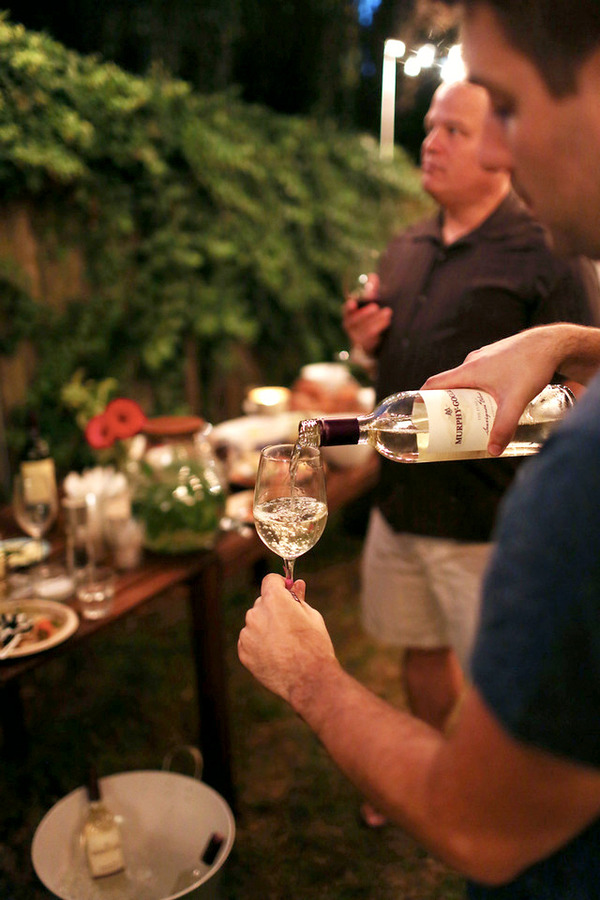 Pouring wine - Murphy-Goode Sauvignon Blanc