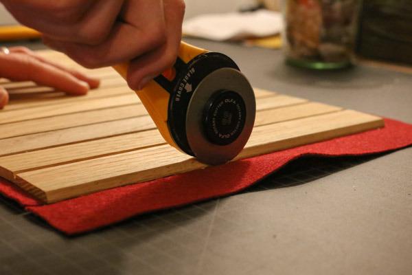 Make a multi-purpose roll-up wood tray