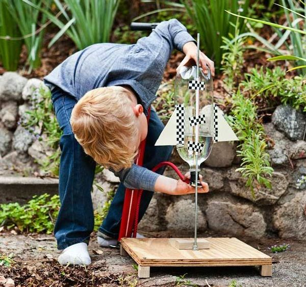 10 Diy Toy Projects Dads Should Build With Their Kids