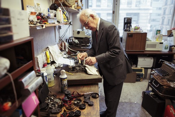 The last of the typewriter repair men