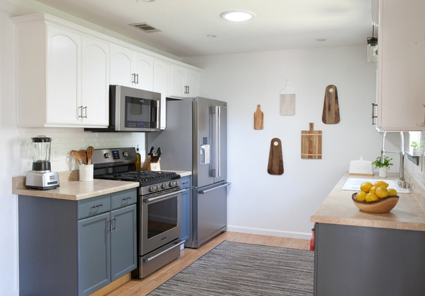 Galley kitchen - left side with professional appliances