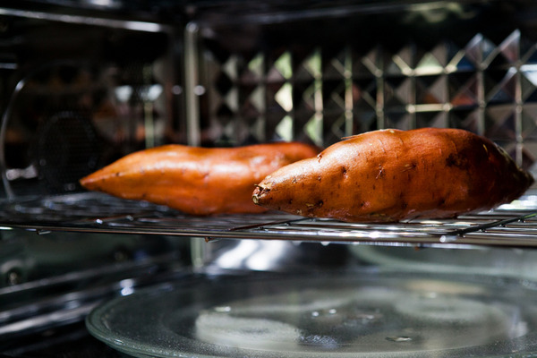 Convection mode for cooking sweet potatoes