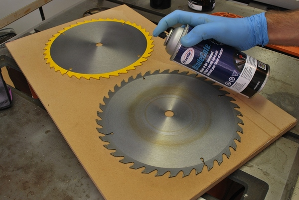 Lubricated Blades