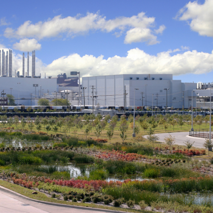 Ford Rouge / The Henry Ford Visitor Center and Environmental Wetlands