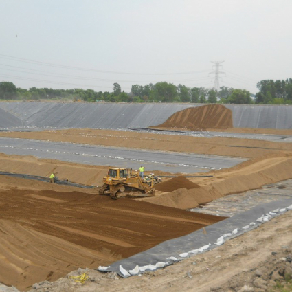 Cell Liner Construction Sand Drainage Layer Placement
