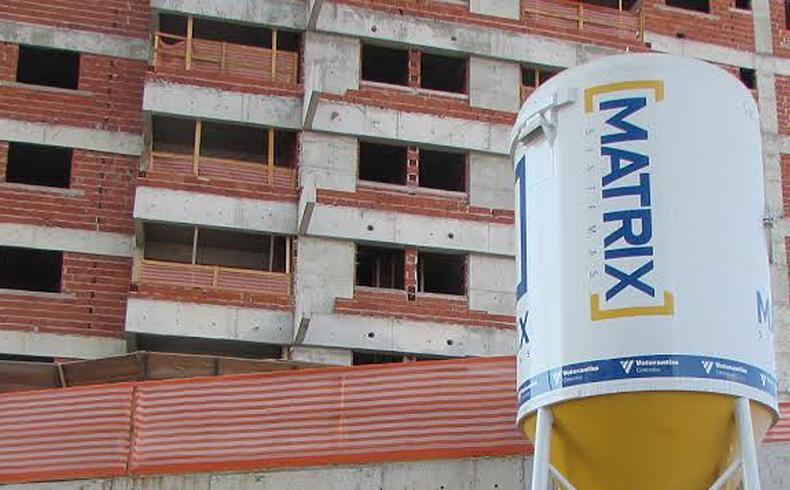 Argamassa projetada: confira os benefícios para construção
