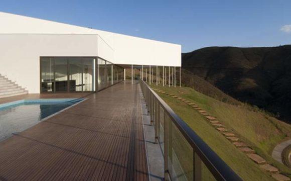 Casa Galeria: o uso das estruturas de concreto armado