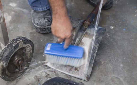 Equipamentos de construção: limpeza responsável
