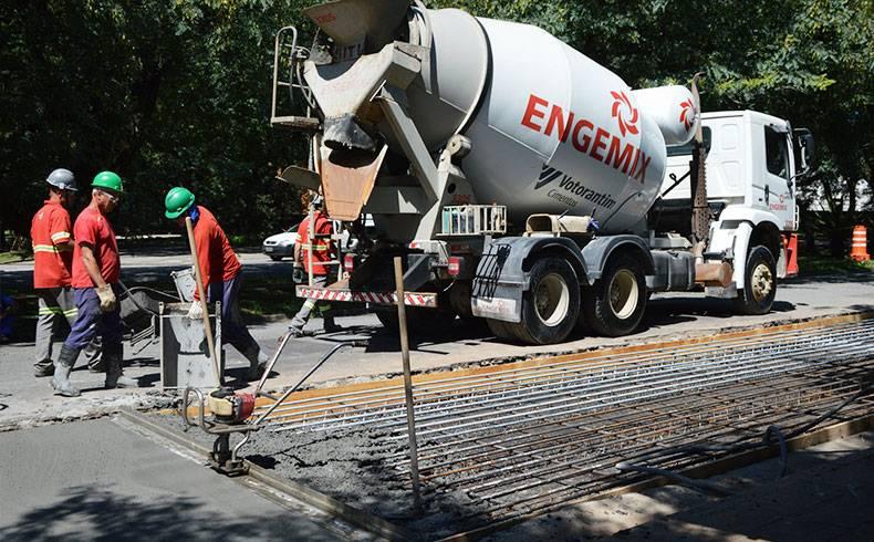 USP testa materiais para pavimentação com concreto continuamente armado